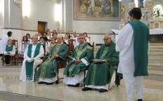 Catedral acolhe o padre Luiz Eduardo e se despede do padre Sávio