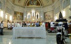 Festa de Nossa Senhora Aparecida reúne milhares de fiéis na Catedral