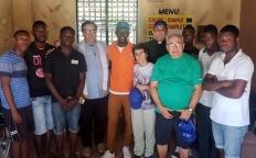Missionários da Arquidiocese de Juiz de Fora visitam casas e levam doações ao Haiti