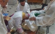 Missa na Quinta-feira Santa relembra a Última Ceia e o Lava-pés