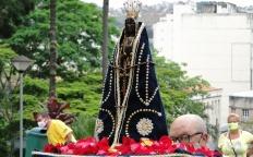 Padroeira do Brasil é celebrada em meio a restrições impostas pela pandemia